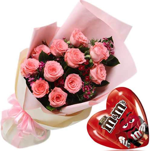 12 Pink Roses in Bouquet w/ Chocolate Box