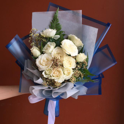 send a dozen of white roses in bouquet to philippines