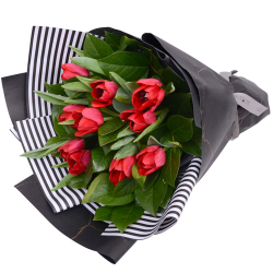10 red color tulip in a bouquet to philippines