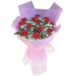 12 Red Color Roses in Bouquet