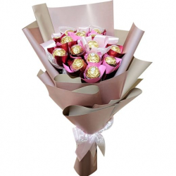16 Pcs Ferrero Chocolate in a Bouquet