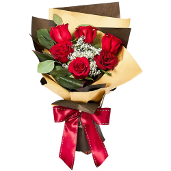 Half Dozen Red Color Roses in Bouquet