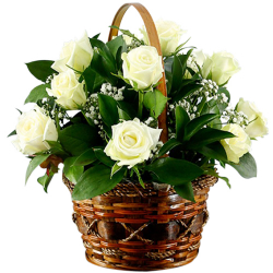 12 Stems White Roses in Basket
