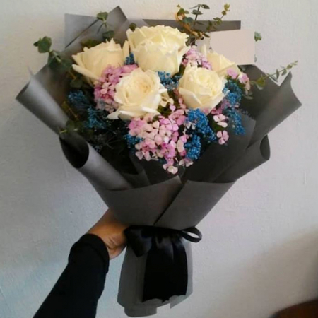 send 6 pcs white ecuadorian roses bouquet to philippines