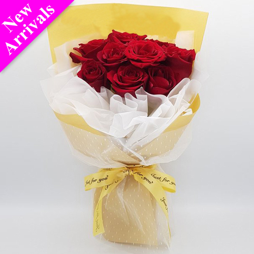 12 Pcs. Red V-Day Roses in Bouquet