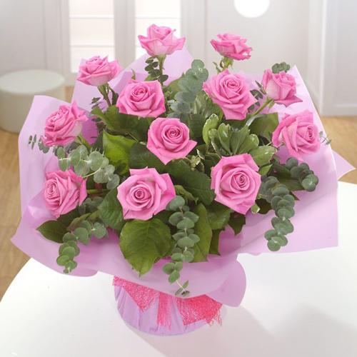 1 Dozen Pink Color Roses in Basket
