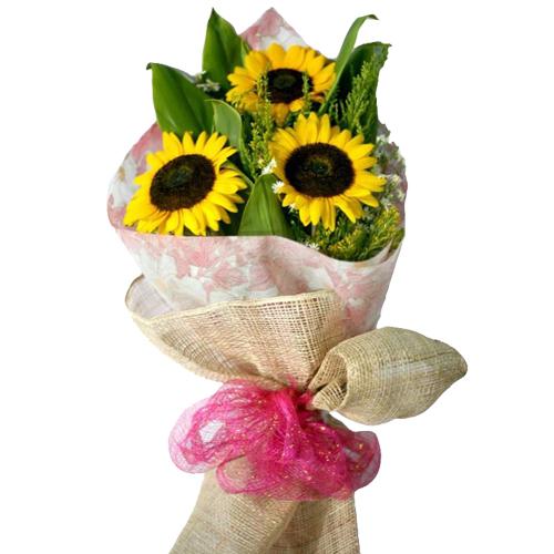 3 Piece Sunflowers in Beautiful Bouquet